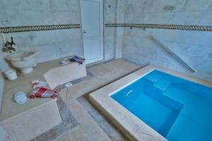 Türk-hamamı-termal-havuz 2