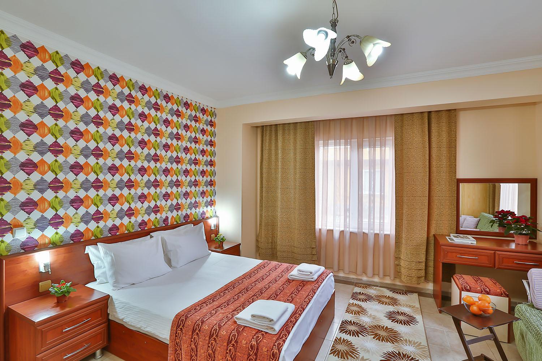 Suit Villa - Yatak Odası